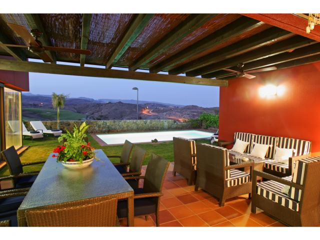Beautiful 3 bedroom 2 bathroom villa with private pool and views over the Salobre golf course and mountains in Maspalomas, Gran Canaria